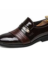 Недорогие -Муж. Полиуретан Весна Удобная обувь Мокасины и Свитер Черный / Коричневый