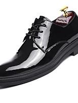 Недорогие -Муж. Микроволокно Весна Удобная обувь Туфли на шнуровке Черный