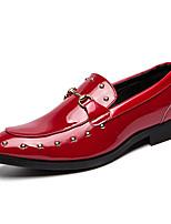 baratos -Homens Sapatos formais Couro Sintético Outono & inverno Mocassins e Slip-Ons Estampa Colorida Preto / Vermelho / Casamento / Festas & Noite