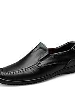 Недорогие -Муж. Наппа Leather Осень Удобная обувь Мокасины и Свитер Черный / Коричневый