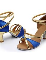 preiswerte -Damen Schuhe für den lateinamerikanischen Tanz Satin / Lackleder Sandalen / Absätze Farbaufsatz Kubanischer Absatz Maßfertigung Tanzschuhe Blau