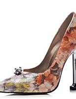 baratos -Mulheres Sapatos Couro Ecológico Primavera & Outono Plataforma Básica Sapatos De Casamento Salto Agulha Dedo Apontado Pedrarias Prata / Arco-íris / Festas & Noite