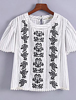 cheap -Women's Basic T-shirt - Geometric Embroidered