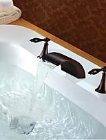 Недорогие -Ванная раковина кран - Водопад / Новый дизайн Начищенная бронза Разбросанная Две ручки три отверстия