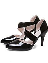 baratos -Mulheres Sapatos Couro Ecológico Verão Conforto Saltos Salto Agulha Branco / Preto / Vermelho