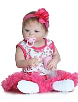 Недорогие -NPKCOLLECTION Куклы реборн Девочки 24 дюймовый Полный силикон для тела / Винил - как живой, Искусственные имплантации Голубые глаза Детские Девочки Подарок