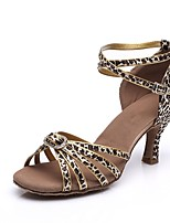 Недорогие -Жен. Обувь для латины Сатин На каблуках Crystal / Rhinestone Тонкий высокий каблук Персонализируемая Танцевальная обувь Цвет-леопард