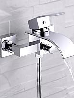 Недорогие -Смеситель для ванны - Современный Хром На стену Керамический клапан