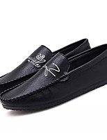 cheap -Men's Moccasin PU(Polyurethane) Spring Loafers & Slip-Ons White / Black