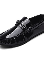 cheap -Men's Moccasin Patent Leather Fall Loafers & Slip-Ons White / Black / Red
