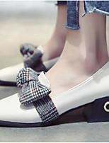 Недорогие -Жен. Комфортная обувь Полиуретан Весна & осень Обувь на каблуках Блочная пятка Черный / Бежевый / Светло-желтый