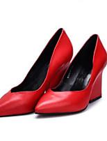 baratos -Mulheres Sapatos Confortáveis Pele Napa Primavera Saltos Salto Robusto Preto / Vermelho