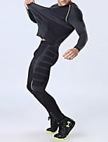 billiga -Herr Rund hals Sexig 2pcs Runningskjorta med byxor - Svart / röd, Grön / Svart sporter Ensfärgat Träningsoverall Fitness, Gym Långärmad Sportkläder Håller värmen, Andningsfunktion, Kompression