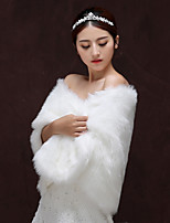 cheap -Sleeveless Faux Fur Wedding / Party / Evening Women's Wrap With Split Shawls