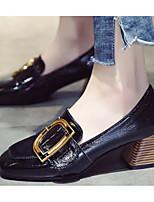 Недорогие -Жен. Комфортная обувь Полиуретан Весна & осень Обувь на каблуках На толстом каблуке Черный / Бежевый