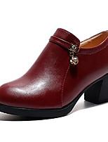 Недорогие -Жен. Полиуретан Лето Верховые ботинки Ботинки На низком каблуке Круглый носок Черный / Винный