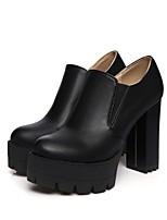 Недорогие -Жен. Комфортная обувь Полиуретан Осень Ботинки На толстом каблуке Ботинки Белый / Черный