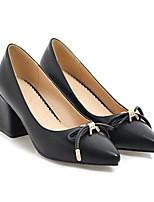 Недорогие -Жен. Комфортная обувь Полиуретан Весна Обувь на каблуках На толстом каблуке Черный / Бежевый / Красный