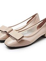 Недорогие -Жен. Комфортная обувь Наппа Leather Весна Обувь на каблуках На низком каблуке Черный / Миндальный