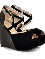 abordables -Femme Chaussures de confort Polyuréthane Eté Chaussures à Talons Hauteur de semelle compensée Noir / Beige / Amande / Quotidien