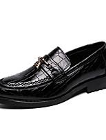 Недорогие -Муж. Официальная обувь Лакированная кожа Лето Классика / На каждый день Мокасины и Свитер Для прогулок Дышащий Черный / Коричневый / Офис и карьера