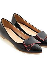 Недорогие -Жен. Обувь Лакированная кожа Весна Удобная обувь На плокой подошве На плоской подошве Черный / Красный / Розовый