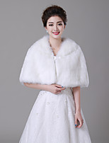 cheap -Sleeveless Faux Fur Wedding / Party / Evening Women's Wrap With Metallic Buckle Capelets