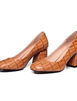 Недорогие -Жен. Комфортная обувь Овчина Весна Обувь на каблуках На толстом каблуке Черный / Коричневый / Красный