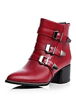 Недорогие -Жен. Армейские ботинки Полиуретан Наступила зима Английский Ботинки На толстом каблуке Заостренный носок Ботинки Пряжки Черный / Серый / Красный
