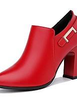 Недорогие -Жен. Ботильоны Полиуретан Осень Ботинки На толстом каблуке Заостренный носок Черный / Красный