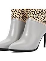 Недорогие -Жен. Комфортная обувь Наппа Leather Осень Классика Ботинки На шпильке Закрытый мыс Ботинки Черный / Серый