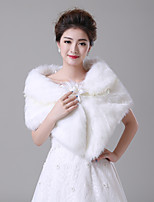 cheap -Sleeveless Faux Fur Wedding / Party / Evening Women's Wrap With Stitching Lace / Flower Capelets