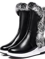 Недорогие -Жен. Fashion Boots Полиуретан Наступила зима Ботинки На плоской подошве Круглый носок Сапоги до середины икры Белый / Черный