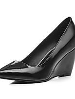 Недорогие -Жен. Комфортная обувь Наппа Leather Весна Обувь на каблуках Туфли на танкетке Черный