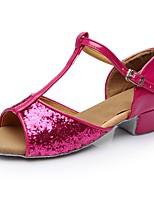baratos -Mulheres Sapatos de Dança Latina Couro Envernizado Sandália / Salto Recortes Salto Grosso Personalizável Sapatos de Dança Fúcsia