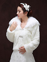 cheap -Long Sleeve Faux Fur Wedding / Birthday Women's Wrap With Metallic Buckle Coats / Jackets