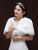 cheap -Sleeveless Faux Fur Wedding / Party / Evening Women's Wrap With Pendant Capelets