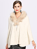 cheap -Sleeveless Faux Fur / Core Spun Yarn Party / Evening / Birthday Women's Wrap With Imitation Pearl / Split Joint Capes
