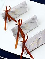 billiga -Triangel Kortpapper Favörhållare med Band Favör askar - 12st