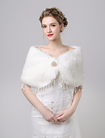 cheap -Sleeveless Faux Fur Wedding / Party / Evening Women's Wrap With Crystal Brooch / Tassel Capelets