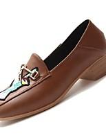 abordables -Femme Polyuréthane Automne Confort Chaussures à Talons Talon Bottier Bout carré Noir / Beige / Brun claire