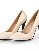 Недорогие -Жен. Комфортная обувь Лакированная кожа Лето Обувь на каблуках На шпильке Белый / Черный / Красный