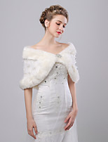 cheap -Sleeveless Faux Fur Wedding / Birthday Women's Wrap With Crystal Brooch / Flower Capelets