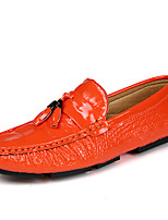 Недорогие -Муж. Комфортная обувь Полиуретан Осень Мокасины и Свитер Черный / Оранжевый / Синий