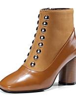 Недорогие -Жен. Fashion Boots Замша Весна лето Минимализм Ботинки На толстом каблуке Квадратный носок Ботинки Заклепки Черный / Коричневый / Для вечеринки / ужина