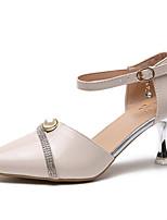 Недорогие -Жен. Обувь Полиуретан Лето Туфли лодочки Обувь на каблуках Прозрачный каблука Заостренный носок Пряжки Черный / Бежевый / Розовый
