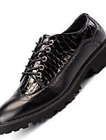 Недорогие -Муж. Полиуретан Весна Удобная обувь Туфли на шнуровке Черный / Черный / Красный