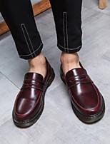Недорогие -Муж. обувь Кожа Весна / Осень Удобная обувь Мокасины и Свитер Черный / Красный / Синий