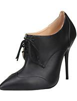 baratos -Mulheres Sapatos Couro Ecológico Primavera & Outono Curta / Ankle Botas Salto Agulha Dedo Apontado Botas Curtas / Ankle Preto