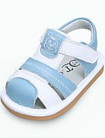 baratos -Para Meninos / Para Meninas Sapatos Pele Verão Primeiros Passos Sandálias Velcro para Bebê Vermelho / Rosa claro / Azul Claro